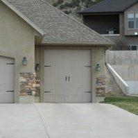 Residential garage door design